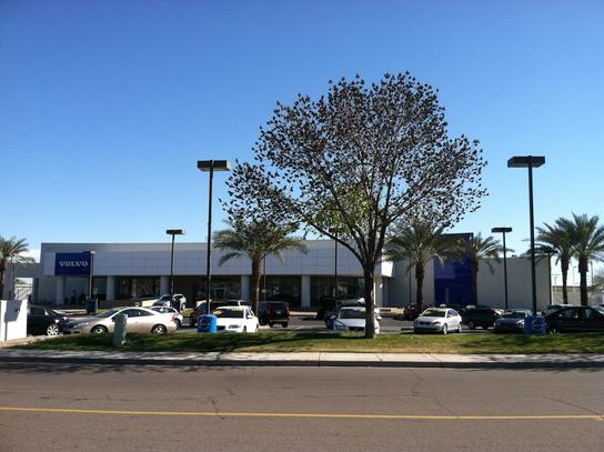 Volvo Of Tempe >> Volvo Cars Gilbert Car Dealership In Gilbert Az 85297 Kelley Blue