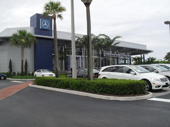 Mercedes-Benz of Palm Beach car dealership in West Palm ...