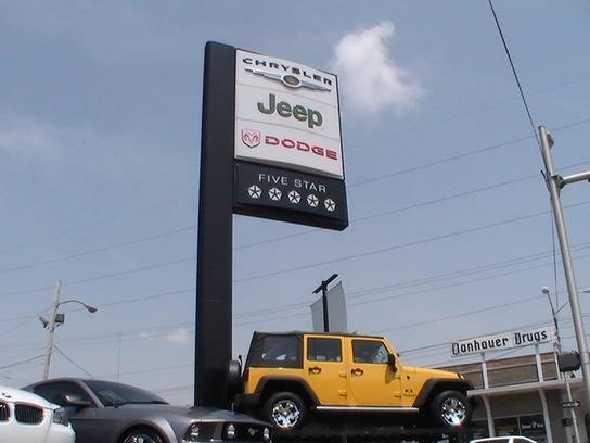 car dealership ratings and reviews steve jones chrysler dodge jeep in owensboro ky 42301. Black Bedroom Furniture Sets. Home Design Ideas