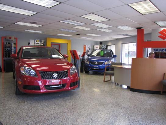 Suzuki Car Dealership >> Parkway Suzuki Car Dealership In New Philadelphia Oh 44663 1743