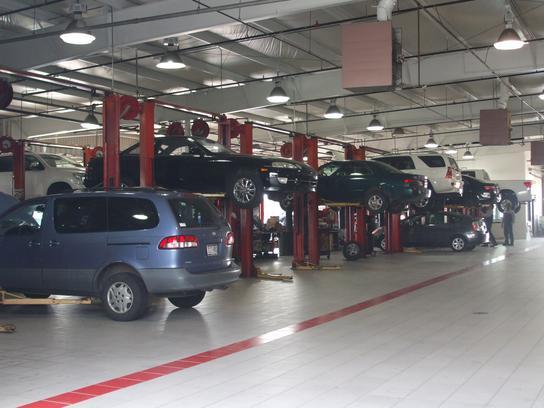 Mike Calvert Toyota Car Dealership In Houston, TX 77054 | Kelley Blue Book