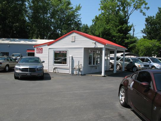 Roberts Auto Service >> Roberts Auto Services Car Dealership In Latham Ny 12110