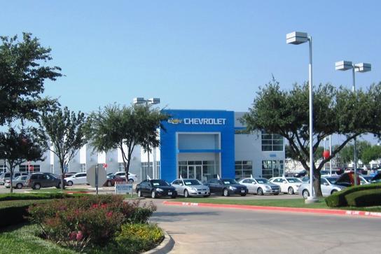 Vandergriff Chevrolet car dealership in Arlington, TX 76017 | Kelley