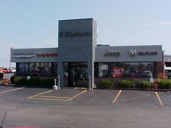 5 Corners Dodge Chrysler Jeep car dealership in Cedarburg, WI 53012