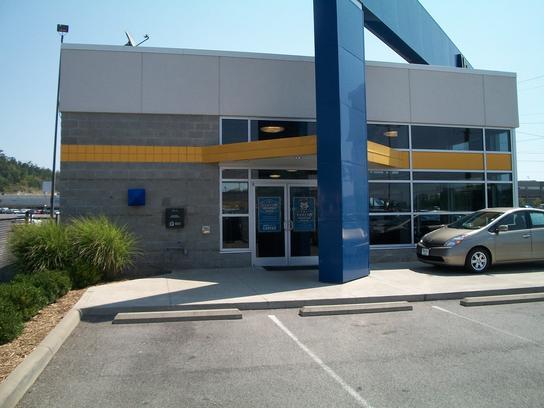 moses factory outlet car dealership in hurricane wv 25526 kelley blue book. Black Bedroom Furniture Sets. Home Design Ideas