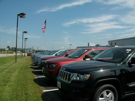 Keene Dodge Chrysler Jeep >> Keene Chrysler Jeep Dodge car dealership in Keene, NH 03431-3912 | Kelley Blue Book
