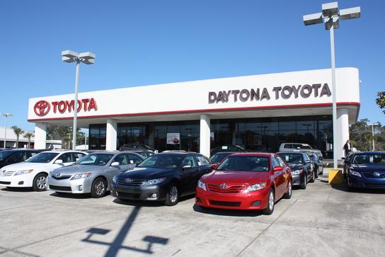 Daytona Toyota Car Dealership In Beach Fl 32114 1707 Kelley Blue Book