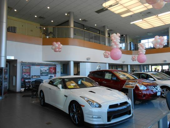 Kelly Nissan of Woburn 2