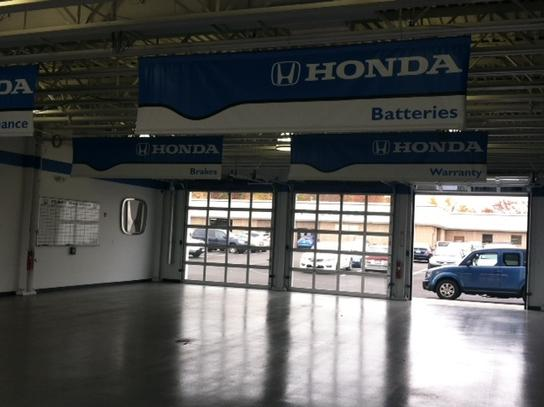 Curry Honda of Chicopee 3