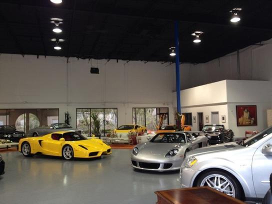 crave luxury auto car dealership in the woodlands tx 77380 kelley blue book. Black Bedroom Furniture Sets. Home Design Ideas
