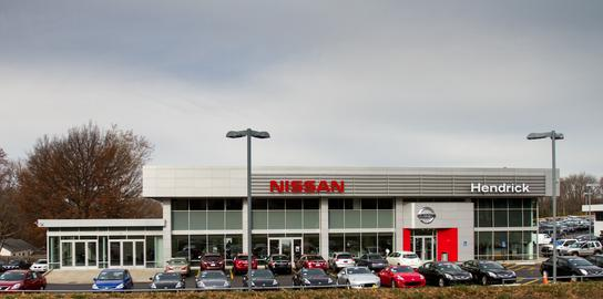 Hendrick Nissan Kansas City car dealership in Merriam, KS 66202-2965