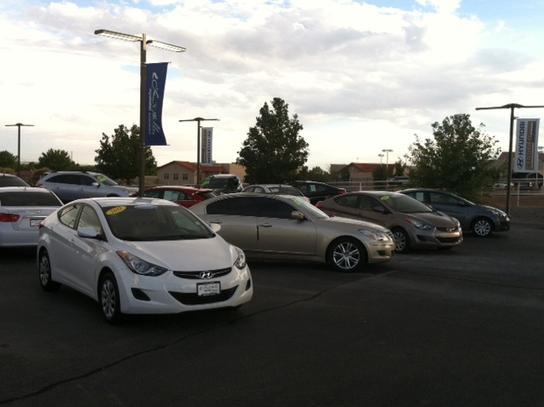 Larry H. Miller Hyundai Albuquerque Car Dealership In Albuquerque, NM 87114  | Kelley Blue Book