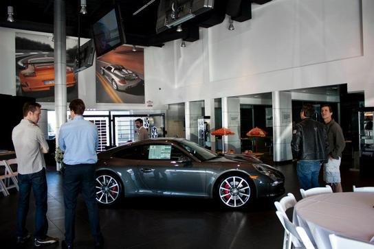 The Auto Gallery car dealership in Woodland Hills, CA 91364 - Kelley Blue Book