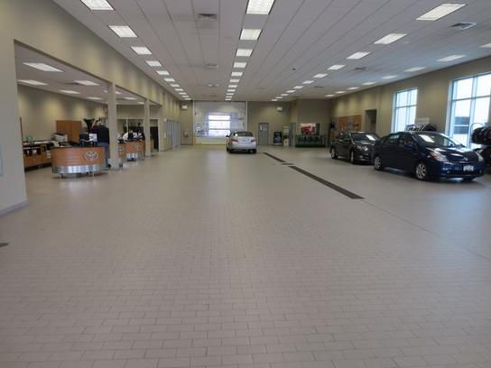 East Madison Toyota Car Dealership In Madison Wi 53718 Kelley