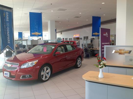 Holz Motors Car Dealership In Hales Corners Wi 53130 Kelley Blue Book