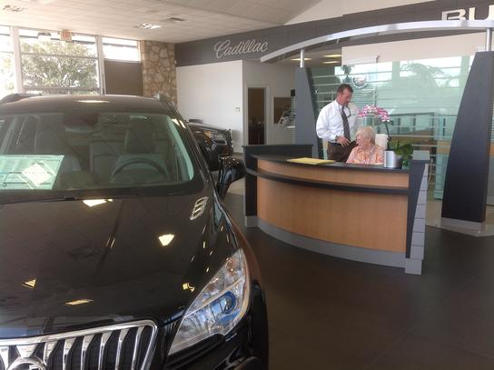 Huston Cadillac Buick GMC car dealership in Lake Wales, FL 33853-2455 | Kelley Blue Book
