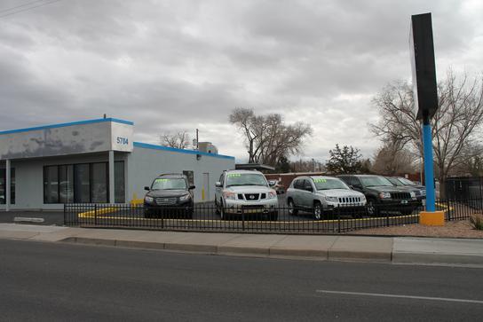 Lomas Car Dealership In ALBUQUERQUE, NM