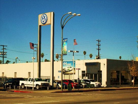 Volkswagen of Van Nuys car dealership in Van Nuys, CA 91401 | Kelley