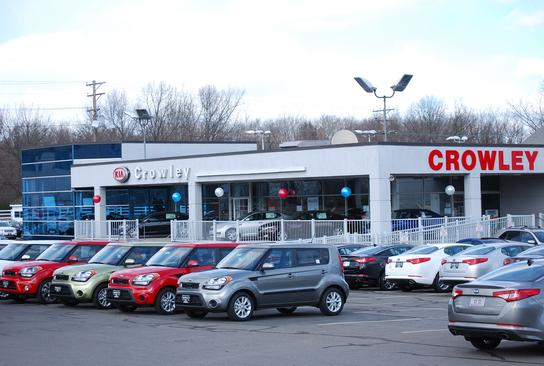 Crowley kia and motorsports car dealership in bristol ct for Bristol motor mile dealerships
