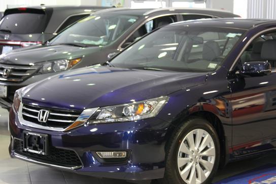 Friendly honda car dealership in poughkeepsie ny 12603 for Honda dealer ny