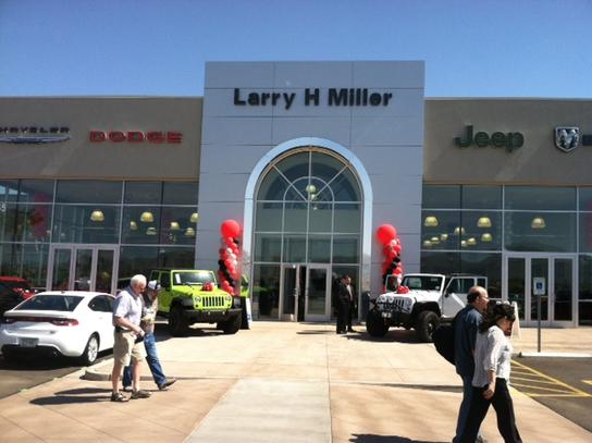 Larry H. Miller Chrysler Jeep Dodge RAM Surprise 3