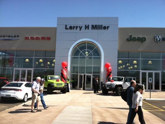 Awesome Larry H. Miller Chrysler Jeep Dodge RAM Surprise Car Dealership In  Surprise, AZ 85388 | Kelley Blue Book
