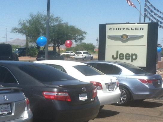 Larry H. Miller Chrysler Jeep Tucson 1