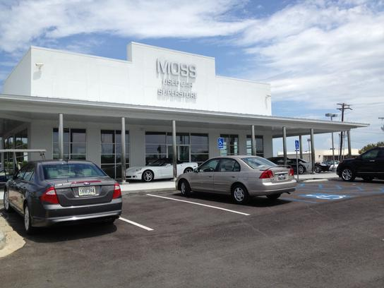 Moss Motors Superstore