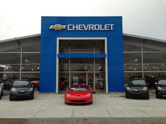 Robert DeNooyer Chevrolet Car Dealership In Holland, MI 49423 | Kelley Blue  Book