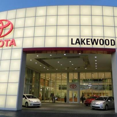 Gettel Toyota of Lakewood: I-75/Exit 220 2
