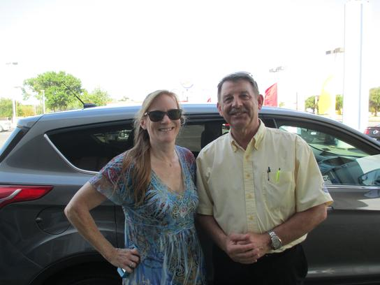 Cook Ford Texas City >> Cook Ford Car Dealership In Texas City Tx 77590 7004 Kelley Blue Book