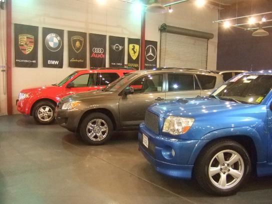 enzo auto sales car dealership in sacramento ca 95815 kelley blue book. Black Bedroom Furniture Sets. Home Design Ideas