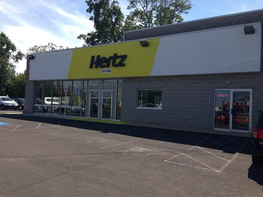 Hertz Car Sales Warminster 3