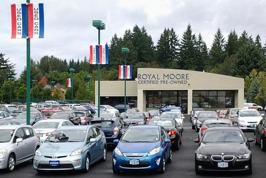 Royal Moore Auto Center Car Dealership In Hillsboro Or 97123