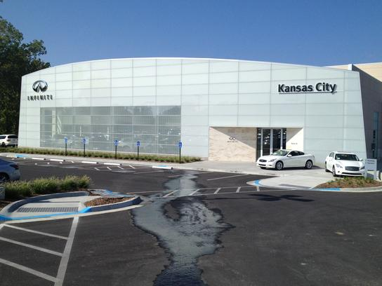Infiniti Of Kansas City >> Infiniti Of Kansas City Car Dealership In Merriam Ks 66203