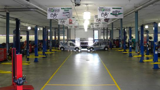 Whaling City Ford >> Whaling City Ford Lincoln Mazda Car Dealership In New London