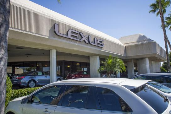Lexus of Clearwater 2