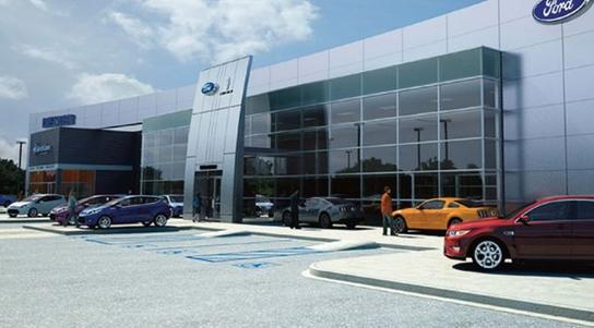 Shaker S Family Ford Lincoln Car Dealership In Watertown Ct 06795