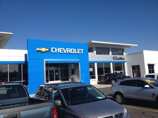 Lithia Camp Chevrolet Cadillac car dealership in Spokane, WA