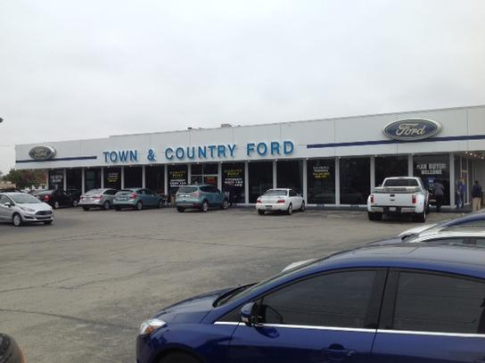 Ford Louisville Ky >> Town Country Ford Car Dealership In Louisville Ky 40219 1317