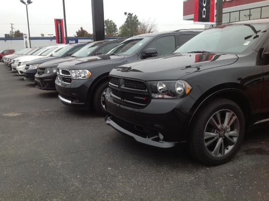 Dodge Dealership Louisville Ky >> Commonwealth Dodge Car Dealership In Louisville Ky 40219
