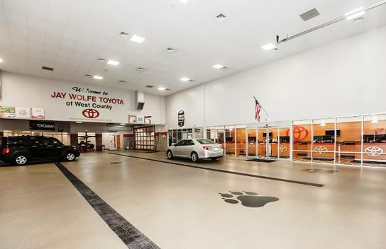 jay wolfe toyota of west county car dealership in ballwin, mo 63011