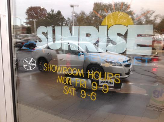 Sunrise Chevrolet-Glendale Heights 2