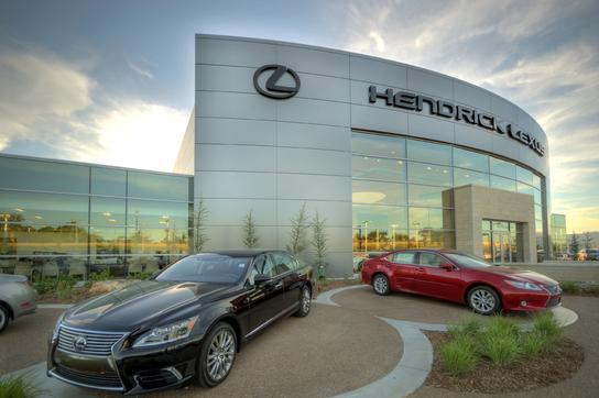 Hendrick Lexus Kansas City Car Dealership In Merriam Ks 66203