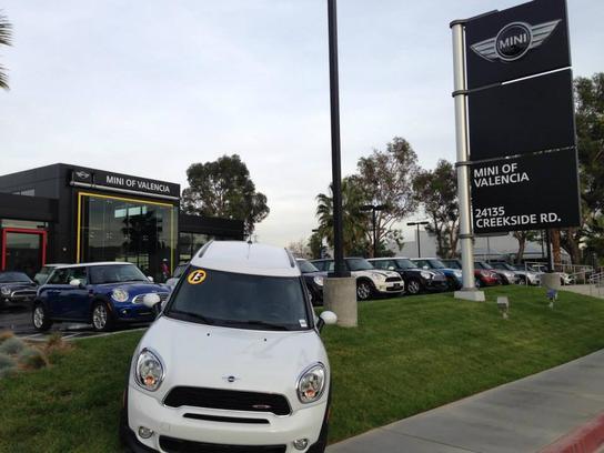 Mini Of Valencia Car Dealership In Valencia Ca 91355 Kelley