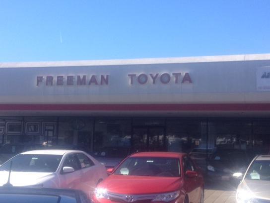 Freeman Toyota Ca Car Dealership In Santa Rosa 95407 7878 Kelley Blue Book