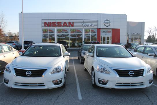 yark nissan car dealership in toledo oh 43615 1803 kelley blue book