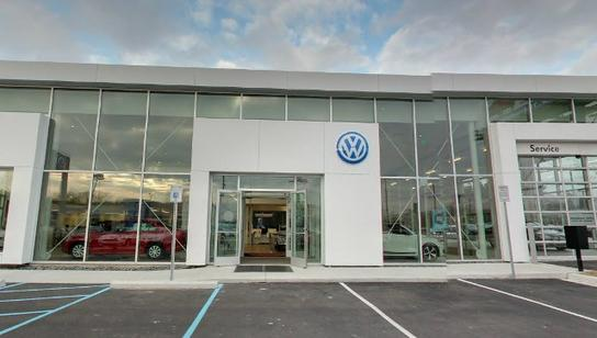 Lafontaine Volkswagen Car Dealership In Dearborn Mi 48124
