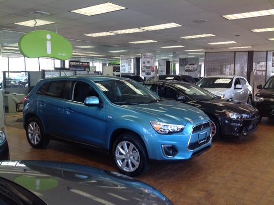 Wantagh Mitsubishi car dealership in Wantagh, NY 11793 | Kelley Blue