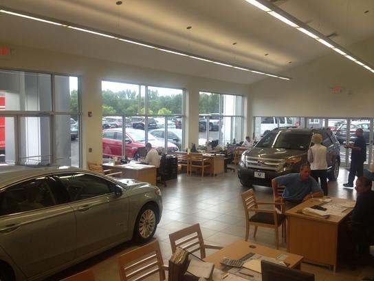 Colonial Ford Danbury Ct >> Colonial Ford Car Dealership In Danbury Ct 06811 Kelley Blue Book